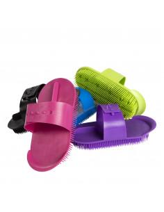 Plastic studbrush